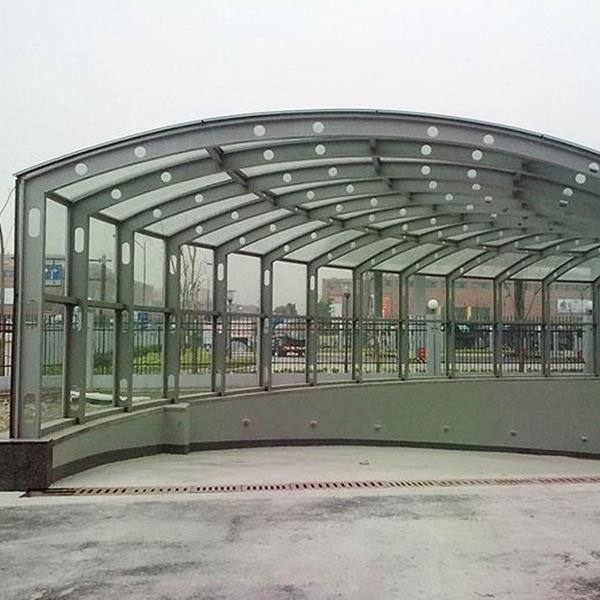 钢结构车库出入口